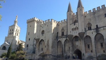 Day trip from marseille to avignon and Pope Palace